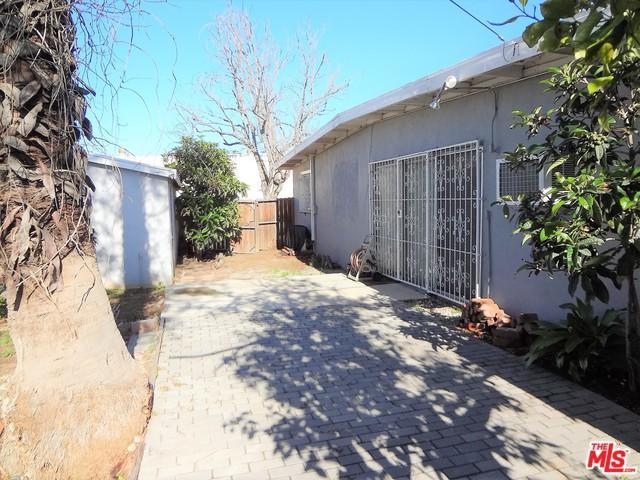 11709 Herrick Avenue, San Fernando, CA 91340 (MLS #18403054) :: Hacienda Group Inc