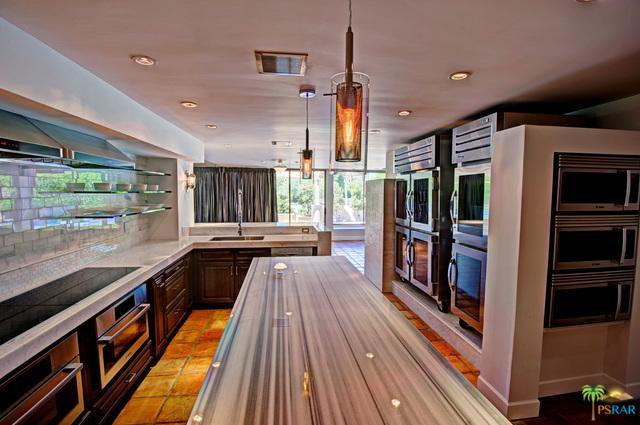 35 Kavenish Drive, Rancho Mirage, CA 92270 (MLS #18405508PS) :: The Jelmberg Team