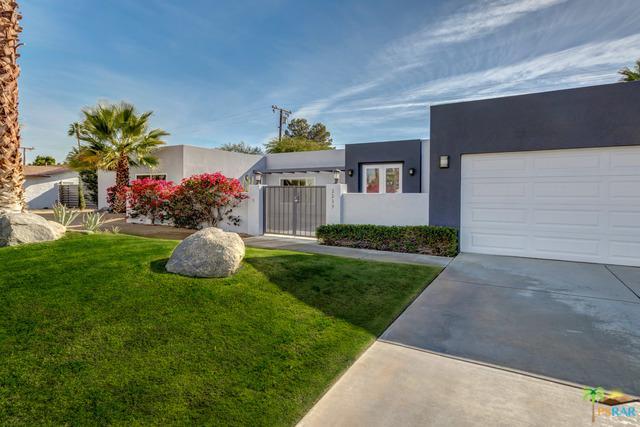 2239 E Powell Road, Palm Springs, CA 92262 (MLS #18412928PS) :: Brad Schmett Real Estate Group