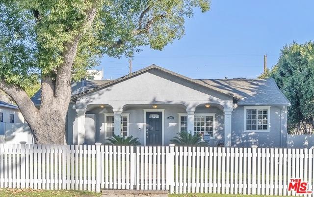 12009 Hartsook Street, Valley Village, CA 91607 (MLS #19418146) :: The Jelmberg Team