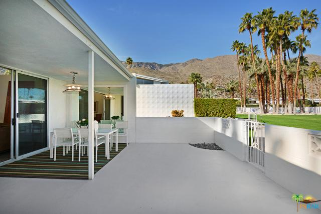 254 E Avenida Granada, Palm Springs, CA 92264 (MLS #19419072PS) :: Hacienda Group Inc