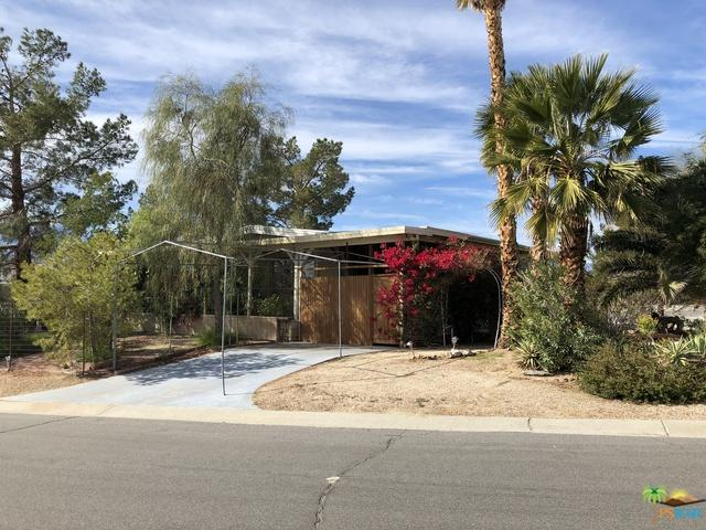 69540 Poolside Drive, Desert Hot Springs, CA 92241 (MLS #19419588PS) :: The Sandi Phillips Team