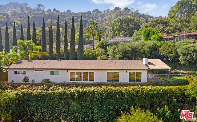 10855 Alta View Drive, Studio City, CA 91604 (MLS #19421680) :: Hacienda Group Inc