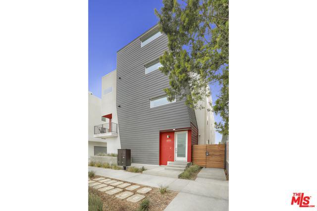 11039 W Morrison Street, North Hollywood, CA 91601 (MLS #19423030) :: The Jelmberg Team