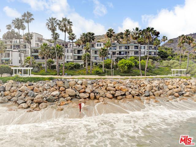26664 Seagull Way A105, Malibu, CA 90265 (MLS #19423954) :: The Sandi Phillips Team