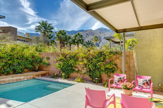 951 Oceo Circle, Palm Springs, CA 92264 (MLS #19427392PS) :: Brad Schmett Real Estate Group