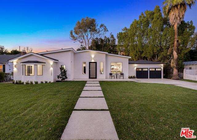 11945 Hartsook Street, Valley Village, CA 91607 (MLS #19428372) :: Hacienda Group Inc