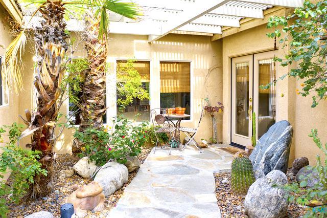 682 E Daisy Street, Palm Springs, CA 92262 (MLS #19429826PS) :: Hacienda Group Inc