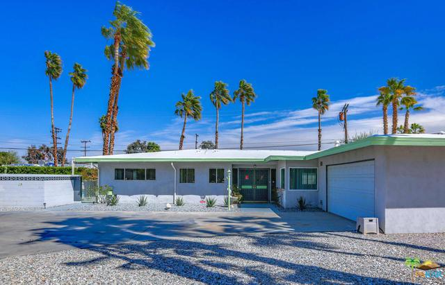 462 N Farrell Drive, Palm Springs, CA 92262 (MLS #19433124PS) :: The John Jay Group - Bennion Deville Homes