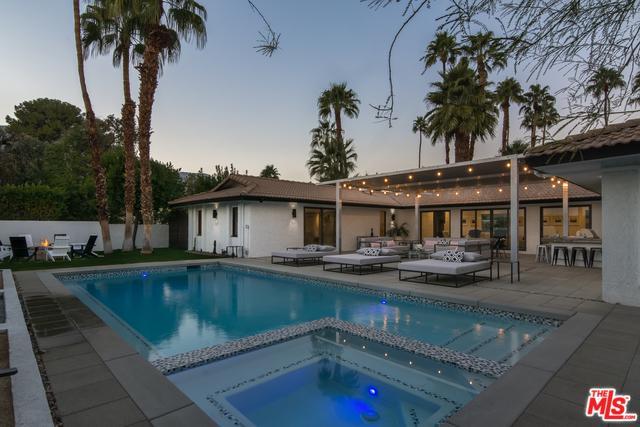 505 N Camino Real, Palm Springs, CA 92262 (MLS #19434482) :: Brad Schmett Real Estate Group