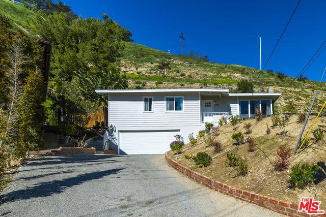 10573 Colebrook Street, Sunland, CA 91040 (MLS #19436832) :: The John Jay Group - Bennion Deville Homes