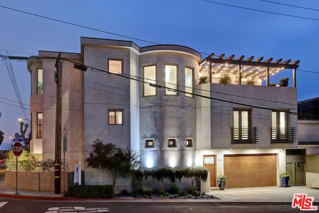 432 10th Place, Manhattan Beach, CA 90266 (MLS #19439036) :: Deirdre Coit and Associates