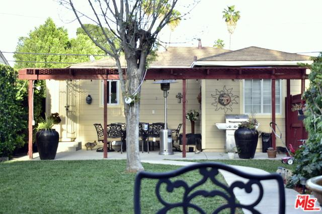 7309 Tampa Avenue, Reseda, CA 91335 (MLS #19444596) :: Hacienda Group Inc