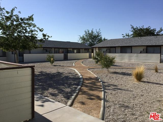 21601 Powhatan Road, Apple Valley, CA 92308 (MLS #19448252) :: Deirdre Coit and Associates