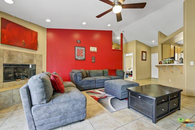 68130 Modalo Road, Cathedral City, CA 92234 (MLS #19452282PS) :: Hacienda Group Inc