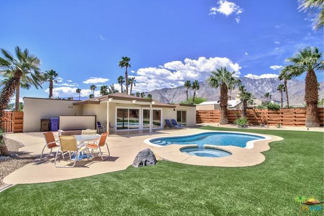1340 E Adobe Way, Palm Springs, CA 92262 (MLS #19458198PS) :: Brad Schmett Real Estate Group