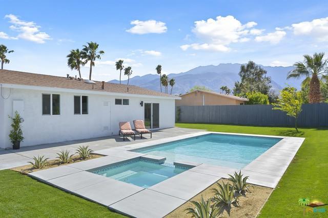 2800 E Ventura Road, Palm Springs, CA 92262 (MLS #19459328PS) :: Hacienda Group Inc