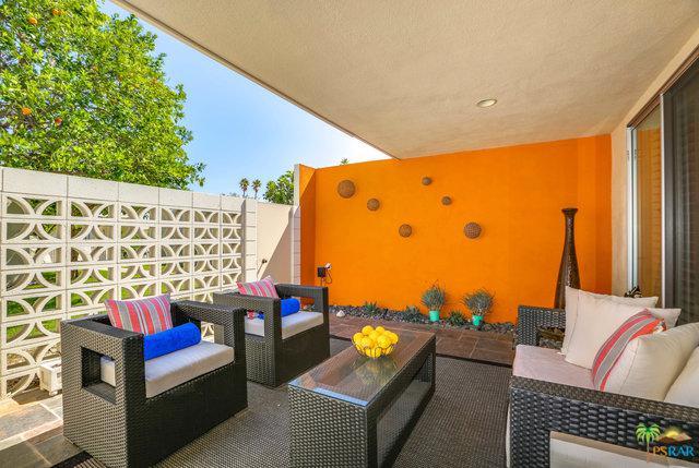 1864 S Barona Road, Palm Springs, CA 92264 (MLS #19464826PS) :: Brad Schmett Real Estate Group