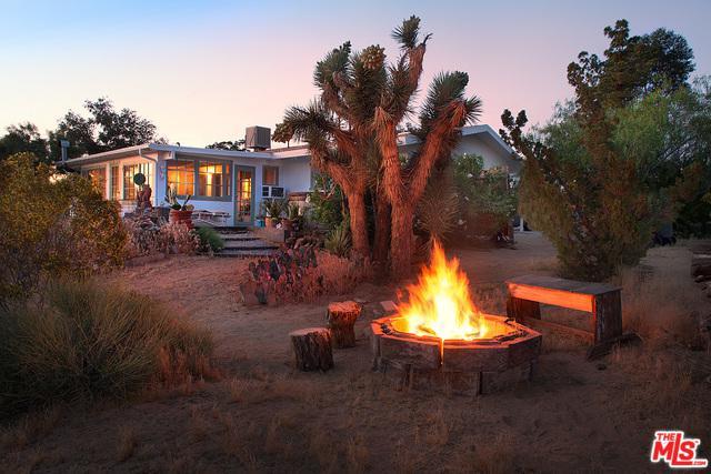 61488 Crest Circle Drive, Joshua Tree, CA 92252 (MLS #19466622) :: Brad Schmett Real Estate Group