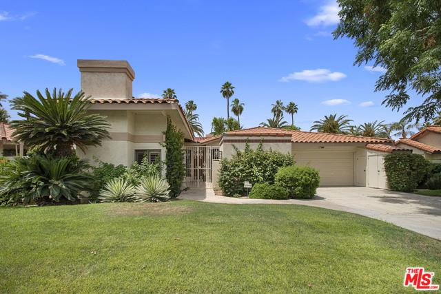 44035 Superior Court, Indian Wells, CA 92210 (MLS #19469212) :: The Jelmberg Team