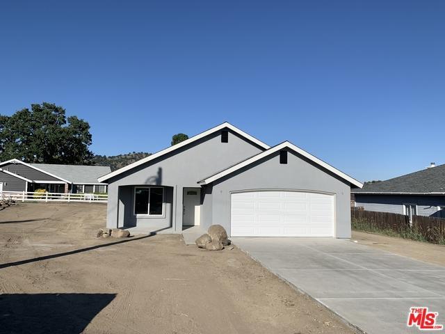 18061 Bold Venture Drive, Tehachapi, CA 93561 (MLS #19470972) :: The John Jay Group - Bennion Deville Homes