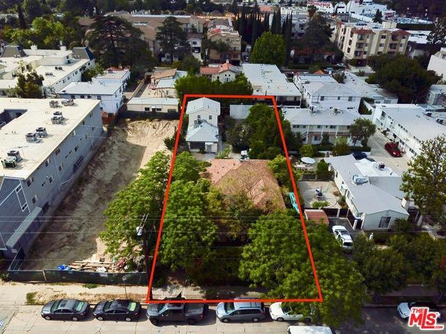 10806 Blix Street, North Hollywood, CA 91602 (MLS #19471828) :: The John Jay Group - Bennion Deville Homes