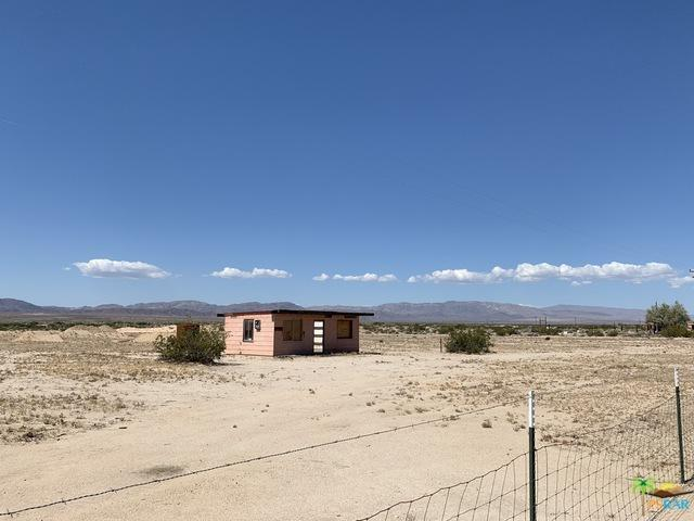 0 Amboy Road, Wonder Valley (L), CA 92277 (MLS #19472606PS) :: Deirdre Coit and Associates