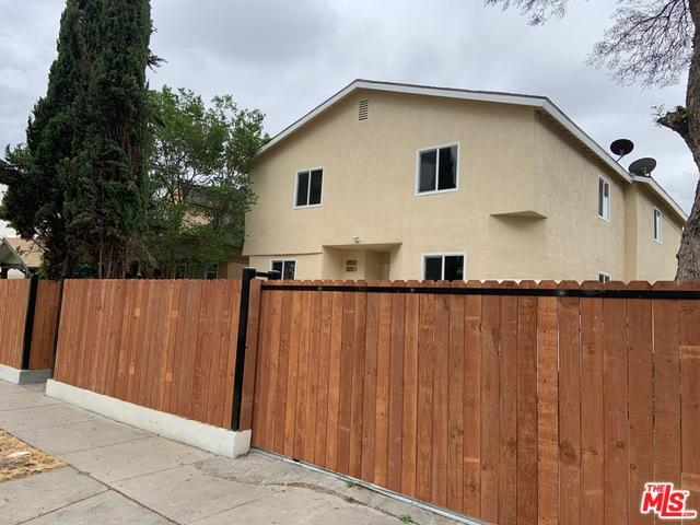 822 W 60th Street, Los Angeles (City), CA 90044 (MLS #19474074) :: The John Jay Group - Bennion Deville Homes