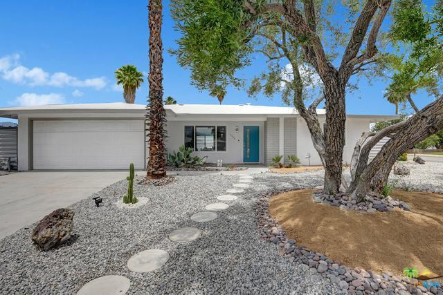 1188 E Duro Circle, Palm Springs, CA 92262 (MLS #19474930PS) :: Brad Schmett Real Estate Group