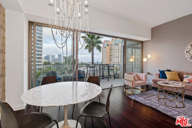 10501 Wilshire #806, Los Angeles (City), CA 90024 (MLS #19476196) :: The John Jay Group - Bennion Deville Homes