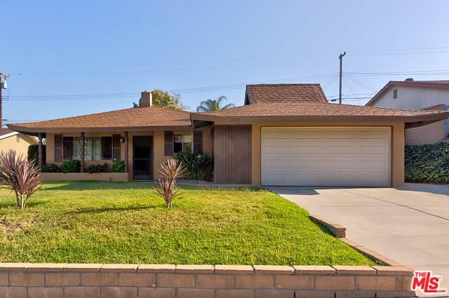 3041 E Valley View Avenue, West Covina, CA 91792 (MLS #19484322) :: Deirdre Coit and Associates