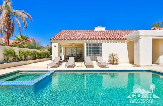 43957 Calle Las Brisas W, Palm Desert, CA 92211 (MLS #217020076) :: Hacienda Group Inc