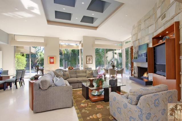 108 Waterford Circle, Rancho Mirage, CA 92270 (MLS #217035612) :: Brad Schmett Real Estate Group