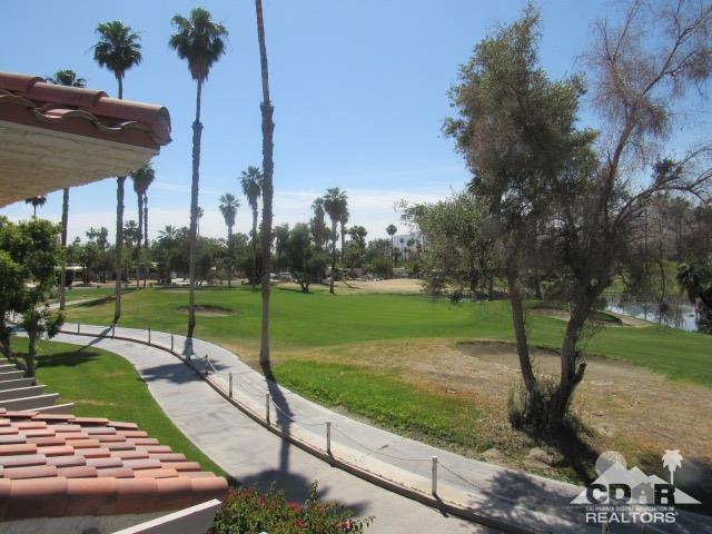 500 S Farrell Drive E36, Palm Springs, CA 92264 (MLS #218012998) :: Deirdre Coit and Associates