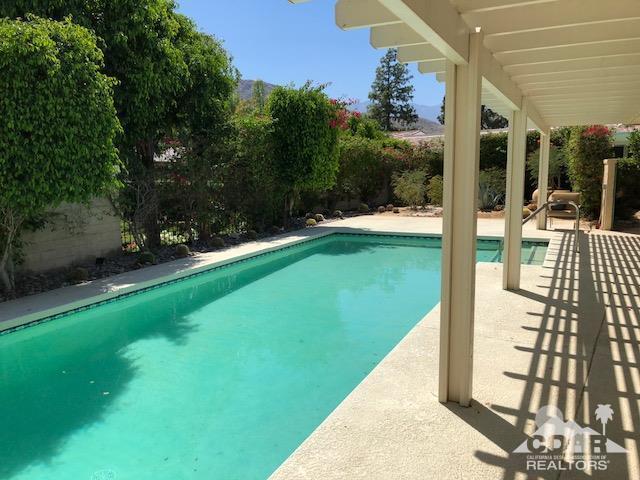 5 Exeter Court, Rancho Mirage, CA 92270 (MLS #218013150) :: Brad Schmett Real Estate Group