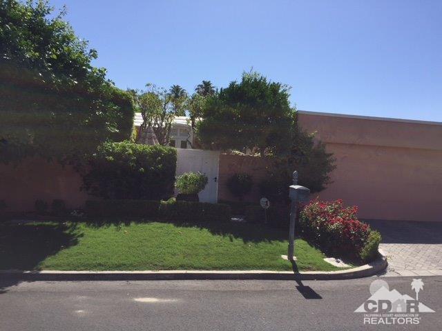 46940 Somia Court, Palm Desert, CA 92260 (MLS #218015628) :: Brad Schmett Real Estate Group