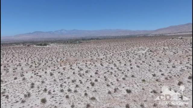 0 18th Avenue, Desert Hot Springs, CA 92240 (MLS #218019108) :: Brad Schmett Real Estate Group