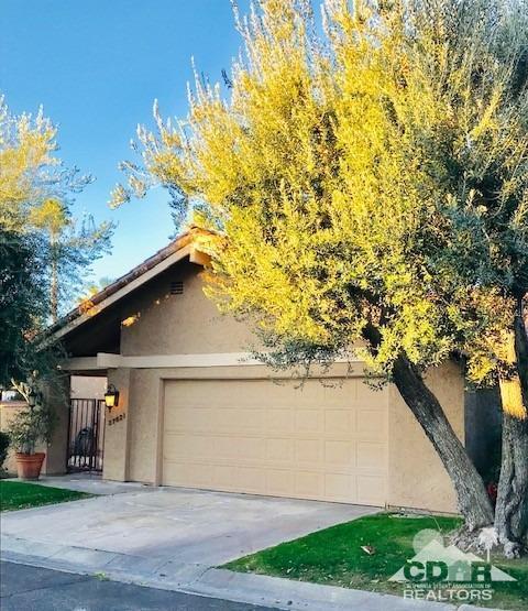 37621 Los Cocos Drive W, Rancho Mirage, CA 92270 (MLS #219003457) :: Brad Schmett Real Estate Group
