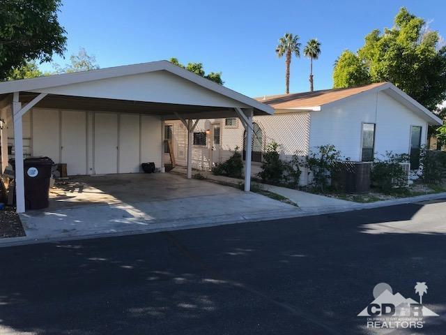 73450 Country Club Drive #242, Palm Desert, CA 92260 (MLS #219004395) :: Brad Schmett Real Estate Group