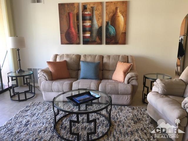 48110 Calle Seranas, La Quinta, CA 92253 (MLS #219007843) :: Brad Schmett Real Estate Group