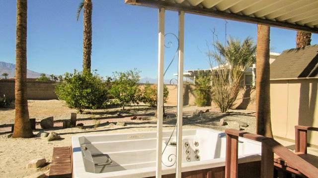 38141 Desert Greens Drive, Palm Desert, CA 92260 (MLS #219052929) :: The Jelmberg Team