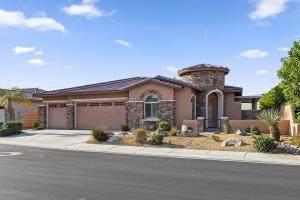 65 Via Del Pienza, Rancho Mirage, CA 92270 (MLS #219065249) :: The Jelmberg Team