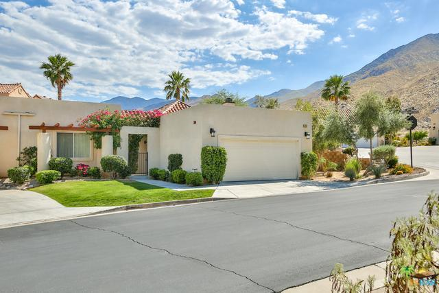 247 Canyon Circle #34, Palm Springs, CA 92264 (MLS #17225134PS) :: Brad Schmett Real Estate Group