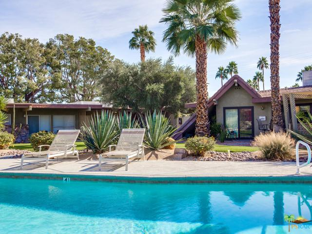 1815 E Tachevah Drive, Palm Springs, CA 92262 (MLS #17293408PS) :: The John Jay Group - Bennion Deville Homes