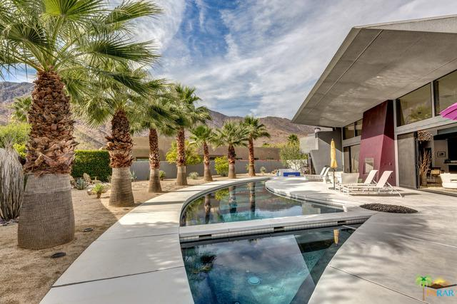 305 Patel Place, Palm Springs, CA 92264 (MLS #18302296PS) :: Brad Schmett Real Estate Group