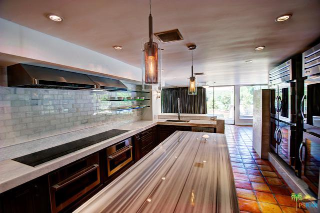 35 Kavenish Drive, Rancho Mirage, CA 92270 (MLS #18305442PS) :: The John Jay Group - Bennion Deville Homes