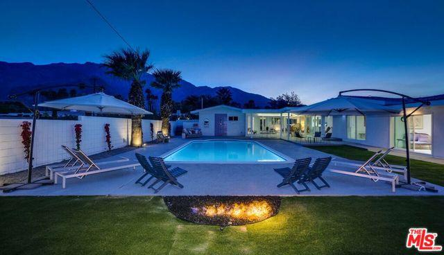 185 W Santa Catalina Road, Palm Springs, CA 92262 (MLS #18306146) :: The John Jay Group - Bennion Deville Homes