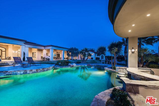 1 Beach Dunes Court, Rancho Mirage, CA 92270 (MLS #18318446) :: Brad Schmett Real Estate Group