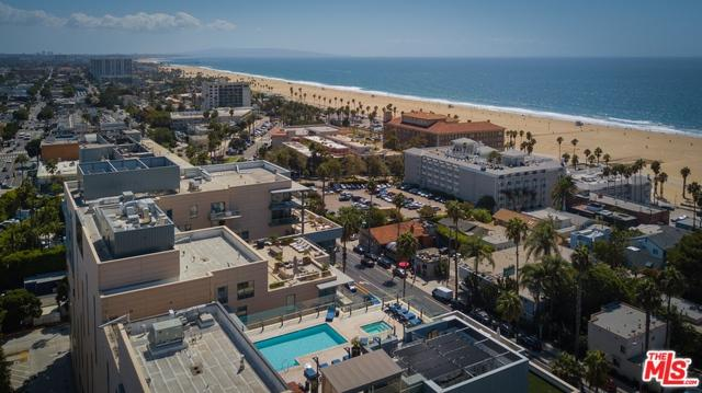 1755 Ocean Avenue #702, Santa Monica, CA 90401 (MLS #18326112) :: The John Jay Group - Bennion Deville Homes