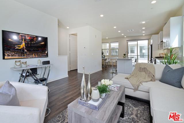 19502 Empire Lane, Northridge, CA 91324 (MLS #18327574) :: Deirdre Coit and Associates